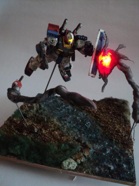 gmiii--rgm-86r-diorama-under-attack_21733569548_o