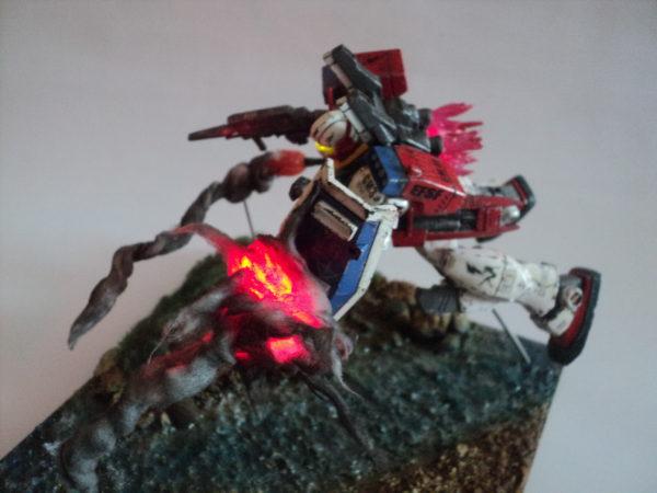 gmiii--rgm-86r-diorama-under-attack_21733784758_o