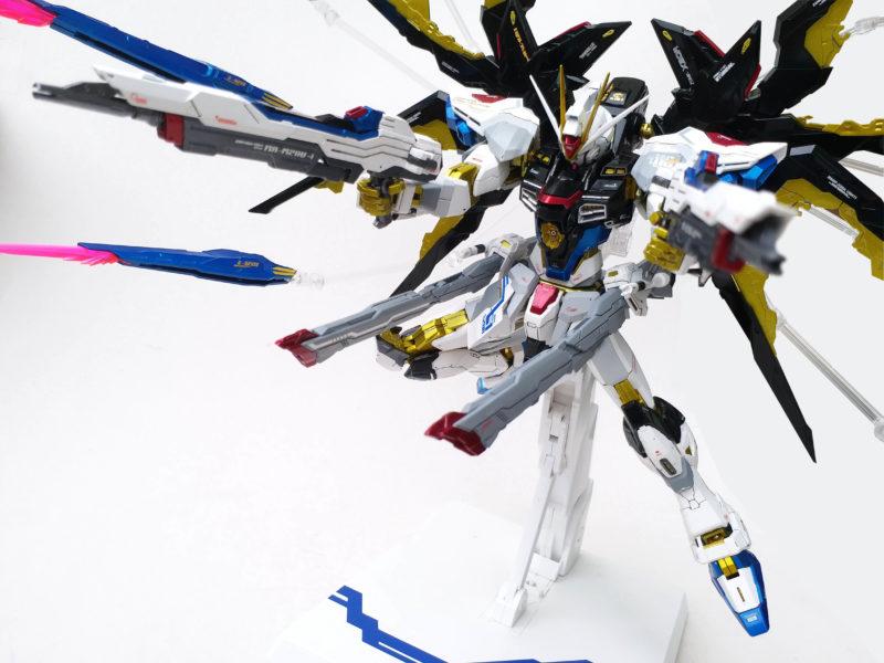 Dragon Momoko Strike Freedom Custom by Rendy Iswanto