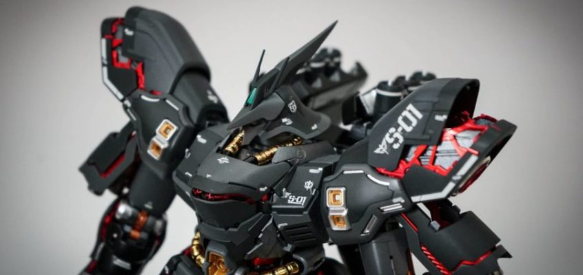 Master Grade 1/100 SAZABI VER.KA Custom Painted by Mr. Wang Hobby